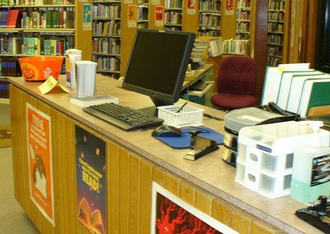 The library has 20 computers on the school network that are available for  student use. Students must sign in at the circulation desk before logging  onto a ...