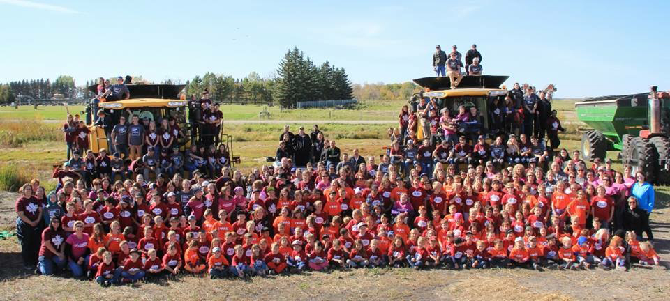 09%2029%20langenburg%20schools%20farm%20tour.jpg